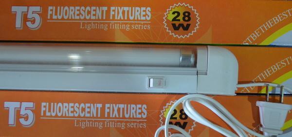 T5 Fluorescent Fixtures ���ྪ� ��ʹ�����Ѵ�T5 28w 220V. ������ٻ������� ����Է㹵�� ������������º  �Ҥ����ᾧ