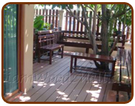 พื้นไม้ พื้นระเบียงไม้เทียม หมู่บ้าน สินธานี 6 ซ.นวลจันทร์50