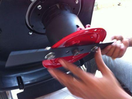 รถตัดหญ้า รุ่นมินิ รุ่น 2 IN 1 ติดตั้งเครื่องยนต์ KACHI 5.5 แรงม้า