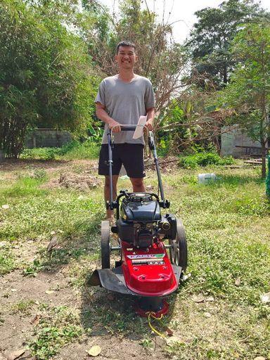 ขอบพระคุณท่านลูกค้า คุณนคร อยู่ เกษตรนวมินทร์ ได้สั่งซื้อรถตัดหญ้า มินิ 2 in 1 ติดตั้งเครื่องยนต์ KACHI 5.5 แรงม้า โดยทางโรงงานสาธิตการใช้งานและการบำรุงรักษาให้เรียบร้อยแล้วครับ