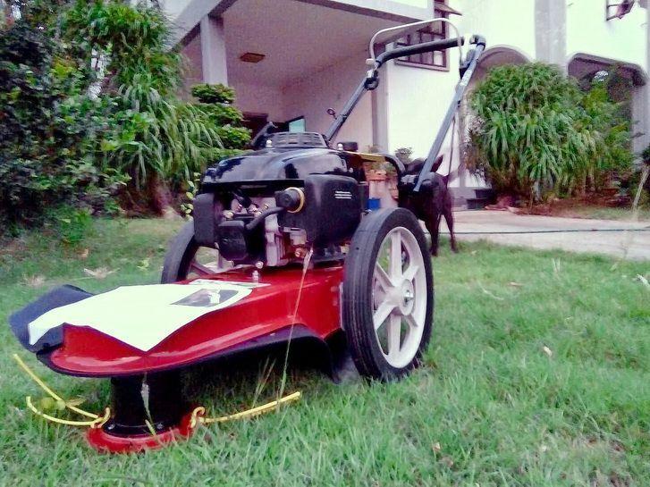 ขอบพระคุณท่านลูกค้า คุณศศิภา ( จากจังหวัดนครสวรรค์ ) ได้สั่งซื้อ รถตัดหญ้า มินิ 2 in 1 ติดตั้งเครื่องยนต์ KACHI 5.5 แรงม้า โดยทางโรงงานได้จัดส่งสินค้าทางให้ทางขนส่งนิ่มซีเส็งเอ็กเพรส ( ส่งถึงบ้านท่านลูกค้า ) ให้เป็นที่เรียบร้อยแล้วครับ