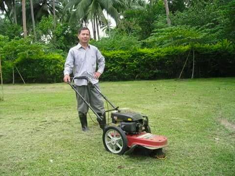 ขอบพระคุณท่านลูกค้า คุณประยงค์ จังหวัดประจวบคีรีขันธ์ ได้สั่งซื้อรถตัดหญ้า รุ่น มินิ 2 in 1 ติดตั้งเครื่องยนต์ KACHI 5.5 แรงม้า โดยให้ทางโรงงานได้จัดส่งสินค้าให้ทาง ขนส่งสี่สหายให้เรียบร้อยแล้วครับ ( ส่งสินค้าให้เมื่อวาน วันอังคาร วันนี้เฮียได้รับของแล้วครับเลยขออนุญาติให้ถ่ายรูปมาโชว์หน่อยครับ )