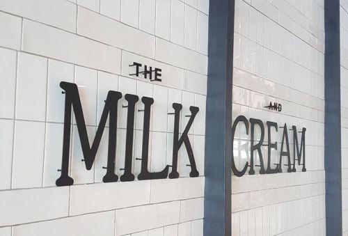 Decoration sign ร้านกาแฟ grand Home บางนา